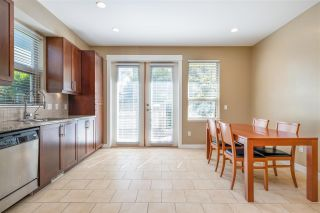 Photo 7: 327 E 15TH STREET in North Vancouver: Central Lonsdale Townhouse for sale : MLS®# R2494797