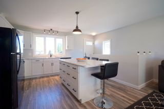 Photo 3: 681 Maplewood Crescent in Portage la Prairie: House for sale : MLS®# 202122121