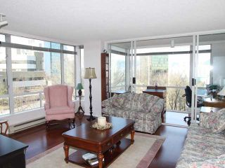 """Photo 4: 702 2668 ASH Street in Vancouver: Fairview VW Condo for sale in """"CAMBRIDGE GARDEN"""" (Vancouver West)  : MLS®# V870392"""