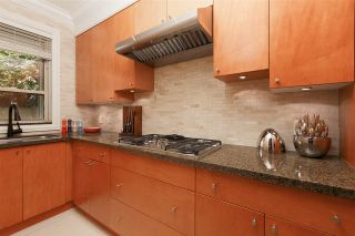 """Photo 10: 7611 LISMER Avenue in Richmond: Broadmoor House for sale in """"SUNNYMEDE"""" : MLS®# R2377682"""