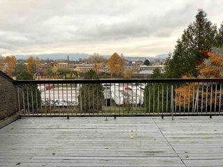 "Photo 1: 724 774 GREAT NORTHERN Way in Vancouver: Mount Pleasant VE Condo for sale in ""PACIFIC TERRACES"" (Vancouver East)  : MLS®# R2352100"