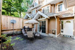 """Photo 1: 18 7488 SALISBURY Avenue in Burnaby: Highgate Townhouse for sale in """"WINSTON GARDENS"""" (Burnaby South)  : MLS®# R2197419"""