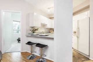 """Photo 8: 106 150 W 22ND Street in North Vancouver: Central Lonsdale Condo for sale in """"The Sierra"""" : MLS®# R2418794"""