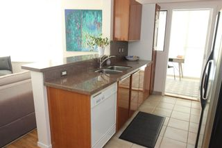"""Photo 5: 901 1003 PACIFIC Street in Vancouver: West End VW Condo for sale in """"SEASTAR"""" (Vancouver West)  : MLS®# R2353861"""