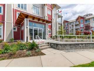 """Photo 2: 214 4211 BAYVIEW Street in Richmond: Steveston South Condo for sale in """"THE VILLAGE AT IMPERIAL LANDING"""" : MLS®# R2472507"""