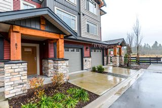 """Photo 2: 87 11305 240 Street in Maple Ridge: Cottonwood MR Townhouse for sale in """"MAPLE HEIGHTS"""" : MLS®# R2130554"""