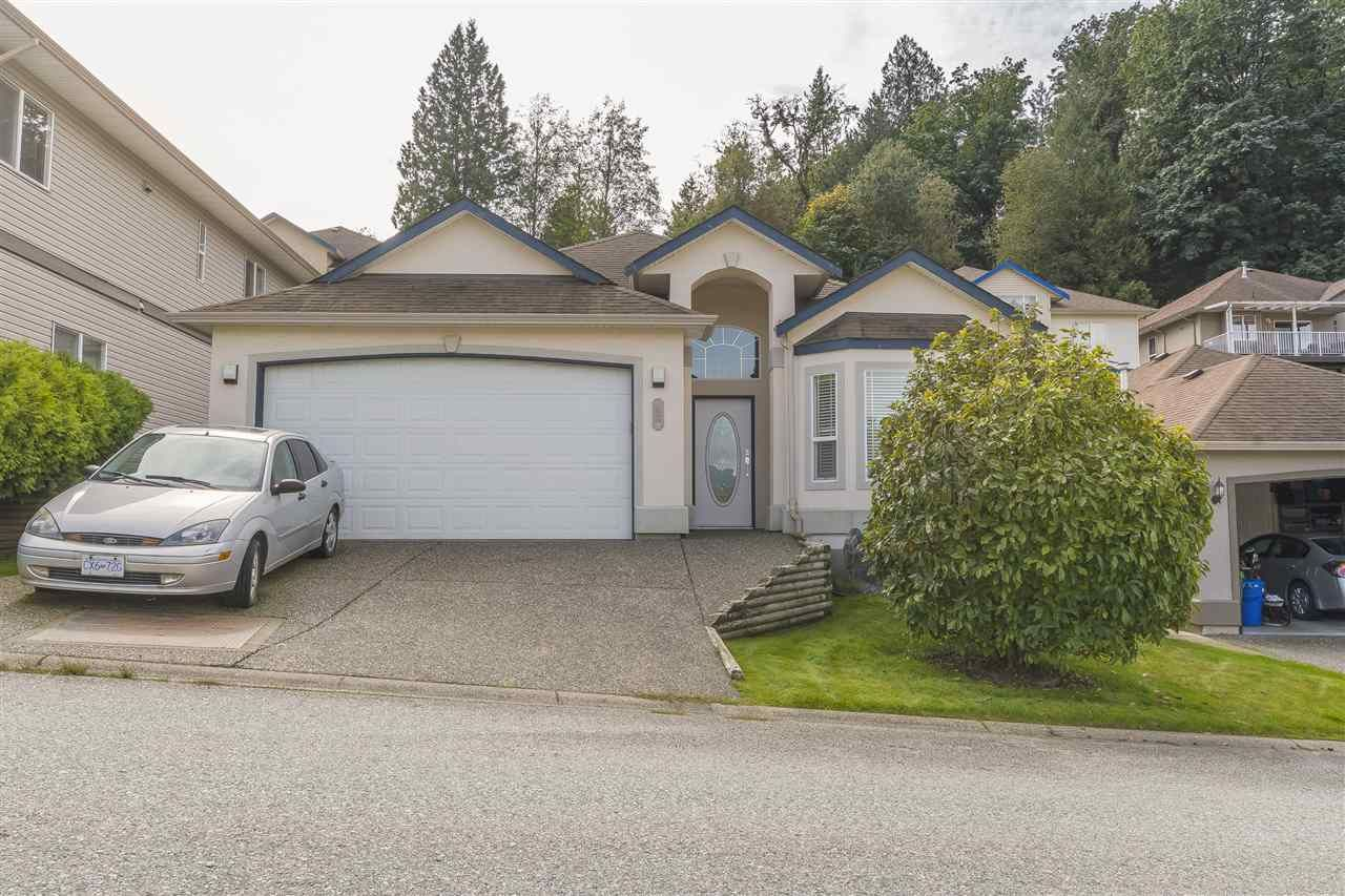 """Main Photo: 48 47470 CHARTWELL Drive in Chilliwack: Little Mountain House for sale in """"GRANDVIEW ESTATES"""" : MLS®# R2554486"""