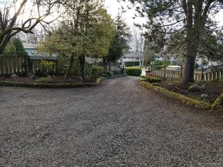 Photo 28: 1086 W Burnside Rd in VICTORIA: SW Strawberry Vale House for sale (Saanich West)  : MLS®# 812559