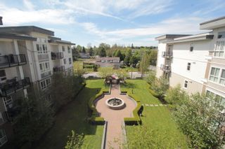 "Photo 13: 403 5430 201 Street in Langley: Langley City Condo for sale in ""Sonnet"" : MLS®# R2168694"
