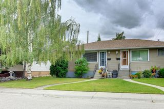 Main Photo: 35 Wellington Place SW in Calgary: Wildwood Semi Detached for sale : MLS®# A1143956
