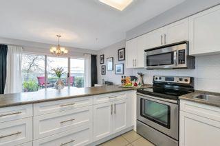 "Photo 13: 110 15233 PACIFIC Avenue: White Rock Condo for sale in ""Pacific View"" (South Surrey White Rock)  : MLS®# R2622845"