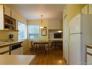 Photo 9: 2441 Costa Vista Pl in VICTORIA: CS Tanner House for sale (Central Saanich)  : MLS®# 739744