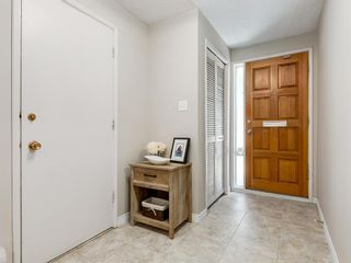 Photo 2: 516 3130 66 Avenue SW in Calgary: Lakeview Row/Townhouse for sale : MLS®# A1024120