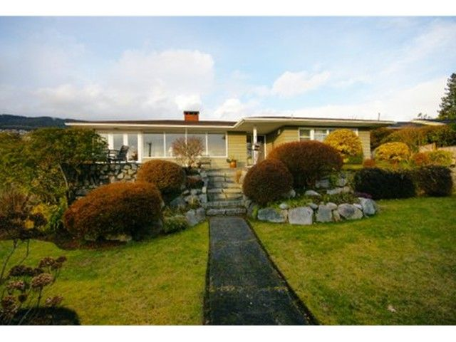 FEATURED LISTING: 2095 Mathers Avenue Vancouver