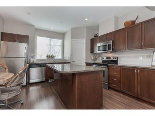 """Photo 7: 15 6036 164 Street in Surrey: Cloverdale BC Townhouse for sale in """"Arbour Village"""" (Cloverdale)  : MLS®# R2445991"""
