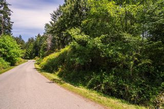 Photo 5: 9904 Castle Rd in Pender Island: GI Pender Island Land for sale (Gulf Islands)  : MLS®# 876033