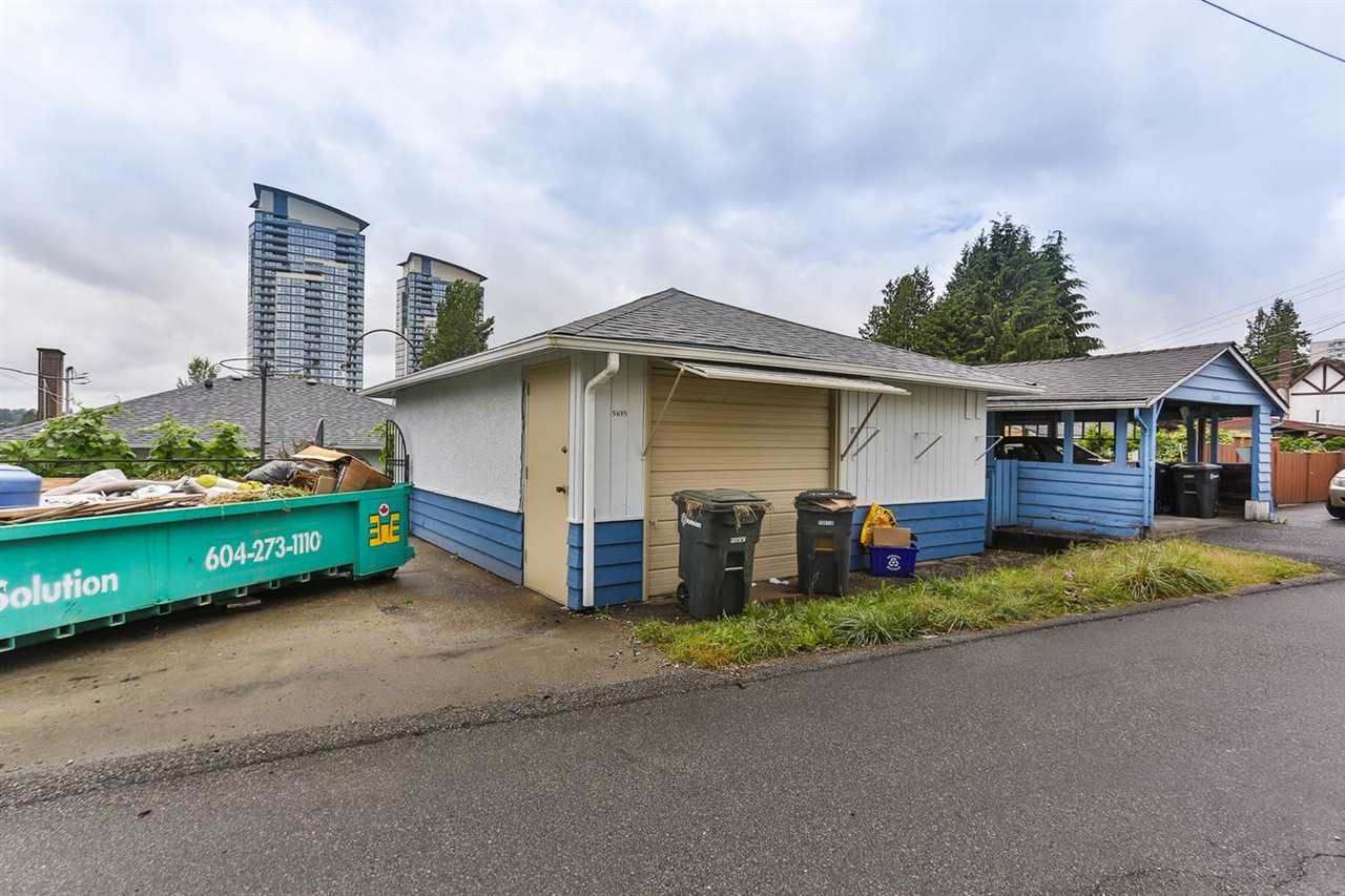 Photo 20: Photos: 5695 BROADWAY Street in Burnaby: Parkcrest House for sale (Burnaby North)  : MLS®# R2156672