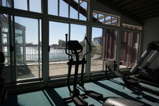 """Photo 38: 210 2080 SE KENT Avenue in Vancouver: South Marine Condo for sale in """"Tugboat Landing"""" (Vancouver East)  : MLS®# R2472110"""