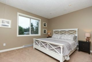 Photo 8: 1054 Whitney Crt in Langford: La Luxton House for sale : MLS®# 723829