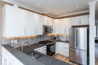 """Photo 3: 55 14952 58 Avenue in Surrey: Sullivan Station Townhouse for sale in """"Highbrae"""" : MLS®# R2561651"""