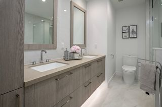 """Photo 13: 101 707 E 3RD Street in North Vancouver: Lower Lonsdale Condo for sale in """"Green on Queensbury"""" : MLS®# R2453734"""