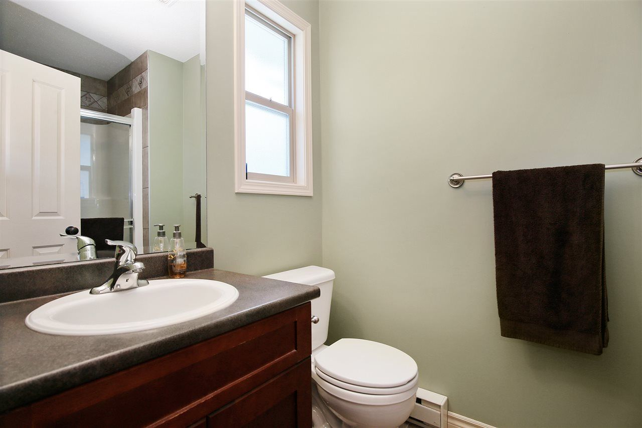 """Photo 9: Photos: 2 46840 RUSSELL Road in Sardis: Promontory Townhouse for sale in """"TIMBER RIDGE"""" : MLS®# R2197387"""