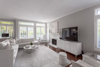 """Photo 3: 4290 HEATHER Street in Vancouver: Cambie Townhouse for sale in """"Grace Estate"""" (Vancouver West)  : MLS®# R2375168"""