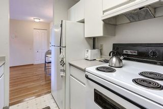 """Photo 5: 304 3480 YARDLEY Avenue in Vancouver: Collingwood VE Condo for sale in """"THE AVALON"""" (Vancouver East)  : MLS®# R2097199"""