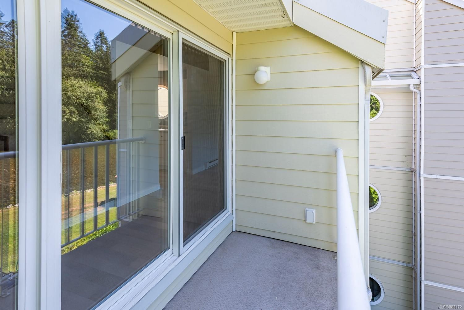 Photo 11: Photos: 303 205 1st St in : CV Courtenay City Row/Townhouse for sale (Comox Valley)  : MLS®# 883172