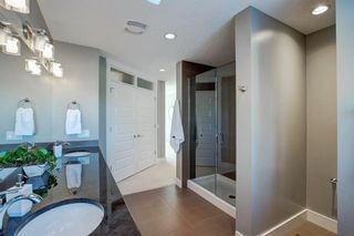 Photo 25: 2031 52 Avenue SW in Calgary: North Glenmore Park Detached for sale : MLS®# A1059510