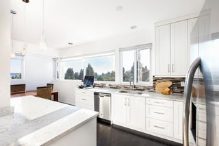 Photo 10: 2418 NELSON Avenue in West Vancouver: Dundarave House for sale : MLS®# R2619283