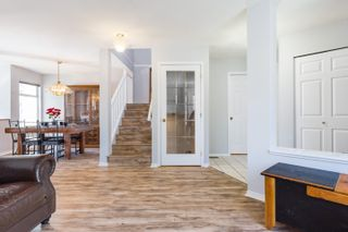 Photo 8: 502 13900 HYLAND ROAD in : East Newton Townhouse for sale : MLS®# R2258314