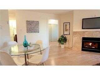 """Photo 3: 3211 33 CHESTERFIELD Place in North Vancouver: Lower Lonsdale Condo for sale in """"HARBOURVIEW PARK"""" : MLS®# V1109655"""