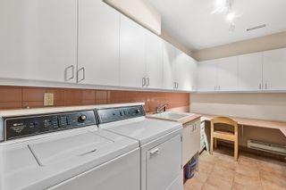 Photo 35: 2320 BELLEVUE Avenue in West Vancouver: Dundarave 1/2 Duplex for sale : MLS®# R2618864