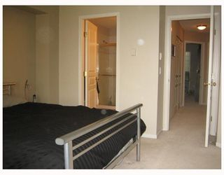 """Photo 10: 7500 CUMBERLAND Street in Burnaby: The Crest Townhouse for sale in """"WILDFLOWER"""" (Burnaby East)  : MLS®# V640557"""