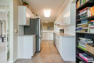 "Photo 14: 1303 6611 SOUTHOAKS Crescent in Burnaby: Highgate Condo for sale in ""Gemini 1"" (Burnaby South)  : MLS®# R2523037"