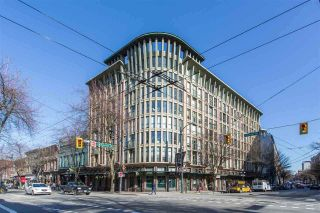 """Photo 2: 212 1 E CORDOVA Street in Vancouver: Downtown VE Condo for sale in """"CARRALL STATION"""" (Vancouver East)  : MLS®# R2580001"""