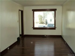 Photo 4: 218 Roger Street in Winnipeg: Norwood Residential for sale (2B)  : MLS®# 1707988