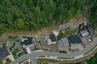 """Photo 3: 2199 CRUMPIT WOODS Drive in Squamish: Plateau Land for sale in """"Crumpit Woods"""" : MLS®# R2383880"""