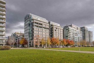 Photo 2: 210 1616 COLUMBIA STREET in : False Creek Condo for sale (Vancouver West)  : MLS®# R2324677