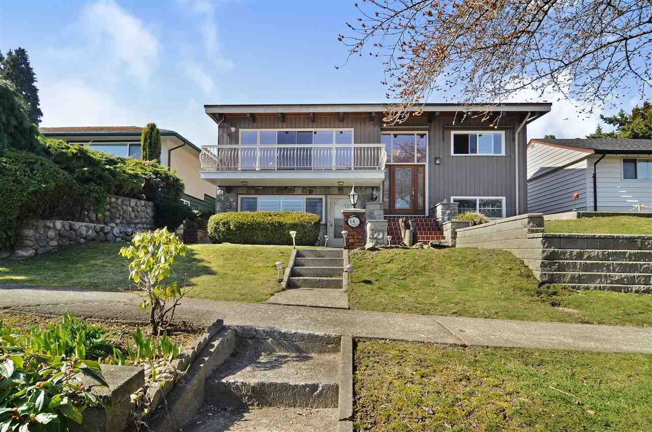 Main Photo: 541 GARFIELD Street in New Westminster: The Heights NW House for sale : MLS®# R2446768