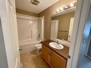 Photo 10: 32 Country Village Lane NE in Calgary: Country Hills Village Row/Townhouse for sale : MLS®# A1115635