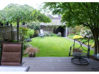 Photo 19: 327 E 11TH Street in North Vancouver: Central Lonsdale 1/2 Duplex for sale : MLS®# V1119339