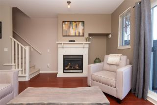 """Photo 2: 72 2000 PANORAMA Drive in Port Moody: Heritage Woods PM Townhouse for sale in """"Mountain's Edge"""" : MLS®# R2367552"""