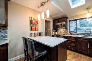 Photo 5: 2870 LYNDENE Road in North Vancouver: Capilano NV House for sale : MLS®# R2034832