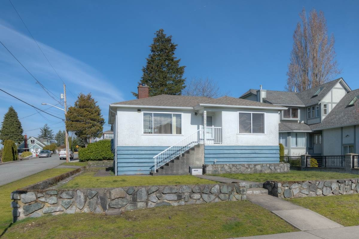 """Main Photo: 2239 LONDON Street in New Westminster: Connaught Heights House for sale in """"Connaught Heights"""" : MLS®# R2248885"""