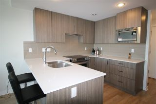 Photo 3: 2005 125 COLUMBIA STREET in New Westminster: Downtown NW Condo for sale : MLS®# R2242128