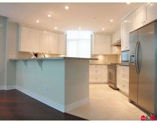 """Photo 2: 204 14824 N BLUFF Road in White_Rock: White Rock Condo for sale in """"BELAIRE"""" (South Surrey White Rock)  : MLS®# F2800783"""