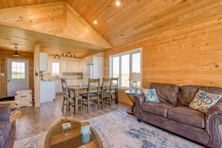 Photo 28: 109 Beckville Beach Drive in Amaranth: House for sale : MLS®# 202123357