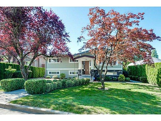 Main Photo: 2222 PARADISE Avenue in Coquitlam: Coquitlam East House for sale : MLS®# V1128381